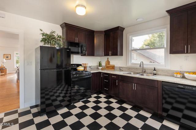 820 Brent Avenue, South Pasadena CA: http://media.crmls.org/mediaz/1B24D056-40E7-47BB-9CC2-4240FFF6094F.jpg