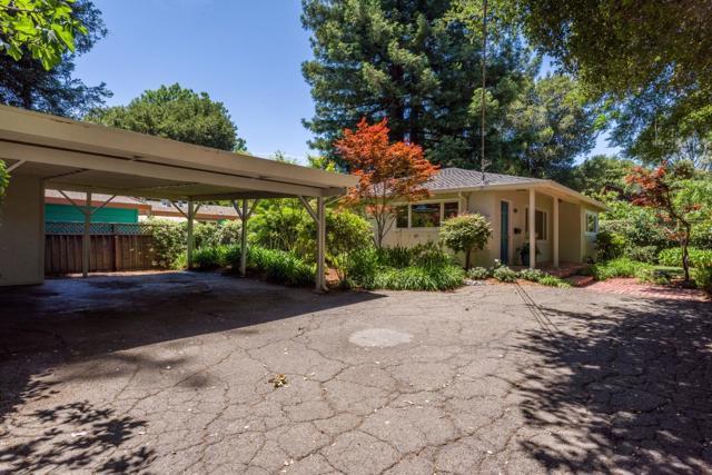437439 Pope Street, Menlo Park CA: http://media.crmls.org/mediaz/1B5C5A3E-0B3B-47A3-8451-1CB1865E4726.jpg