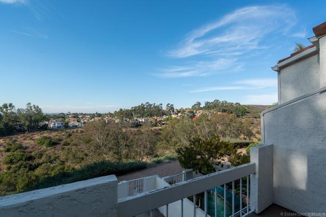 4808 Ocana Place, San Diego CA: http://media.crmls.org/mediaz/1B728309-6400-4414-9AF9-C39D3F79B2E0.jpg