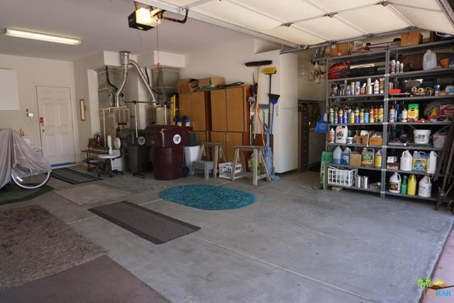 37682 Mojave Sage Street, Palm Desert CA: http://media.crmls.org/mediaz/1B75D8D5-7DC1-49C3-B1EE-83B7B9A0389D.jpg