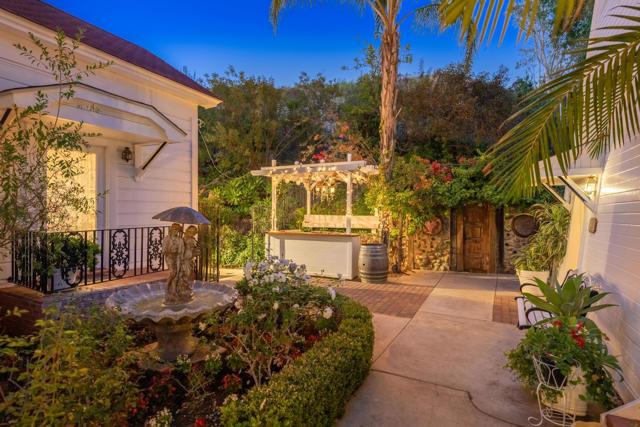 349 Renee Street, Orange CA: http://media.crmls.org/mediaz/1B961D21-7465-4828-861D-0378C8D4B165.jpg