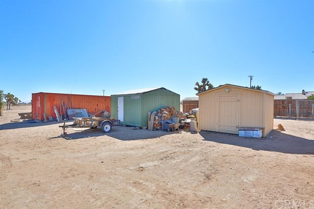 11915 Pueblotrail Road Phelan CA 92371