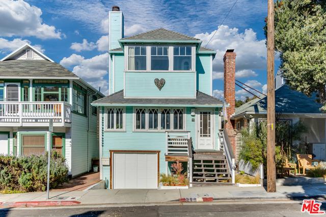 145 Hart Ave, Santa Monica, CA 90405