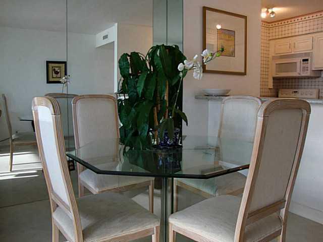 Photo of home for sale at 1760 Avenida Del Mundo, Coronado CA