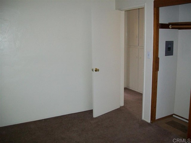 271 73 Quintard Street, Chula Vista CA: http://media.crmls.org/mediaz/1C530139-3D3E-4DF2-9F7A-3B80F7E68172.jpg