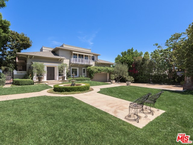 Single Family Home for Sale at 499 Halvern Drive Los Angeles, California 90049 United States