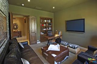 1 MOUNT SAN JACINTO Circle, Rancho Mirage CA: http://media.crmls.org/mediaz/1CDCE3F6-637D-41D7-828E-CD920B8BE663.jpg