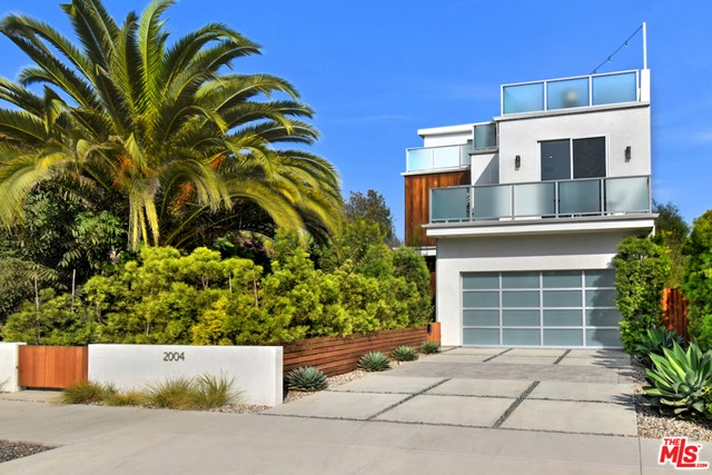 2004 Louella Ave, Venice, CA 90291 photo 2