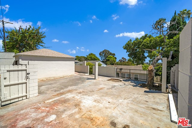 13107 Rose Ave, Los Angeles, CA 90066 photo 31