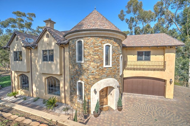 Detail Gallery Image 1 of 1 For 3065 Quail Road, Escondido,  CA 92026 - 3 Beds | 3/1 Baths