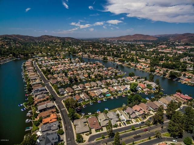 Photo of home for sale at 1484 Eastwind Circle, Westlake Village CA