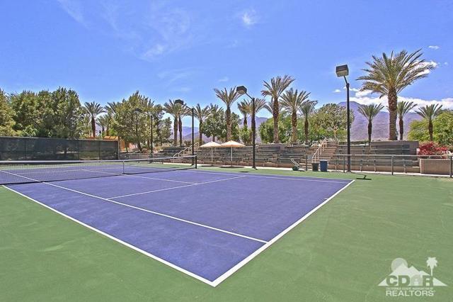 60328 Desert Shadows Drive, La Quinta CA: http://media.crmls.org/mediaz/1DF006C7-5F98-41AC-A88B-B6EAFA7BA4DE.jpg