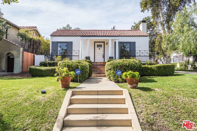 205 N BEACHWOOD Drive, Los Angeles CA 90004