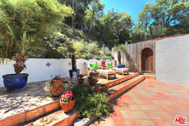 8428 Kirkwood Dr, Los Angeles, CA 90046 Photo 29