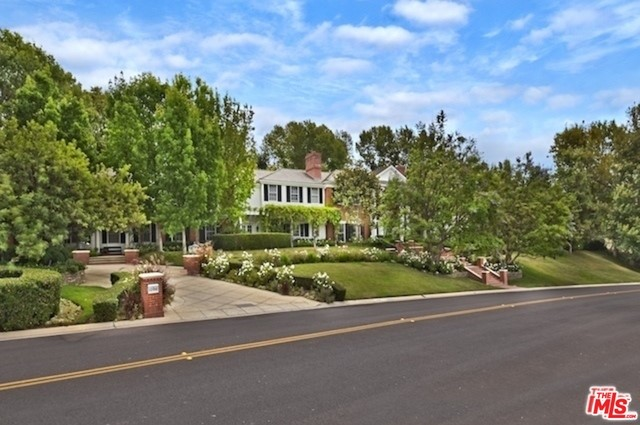 Single Family Home for Sale at 1096 Lakeview Canyon Road Westlake Village, California 91362 United States