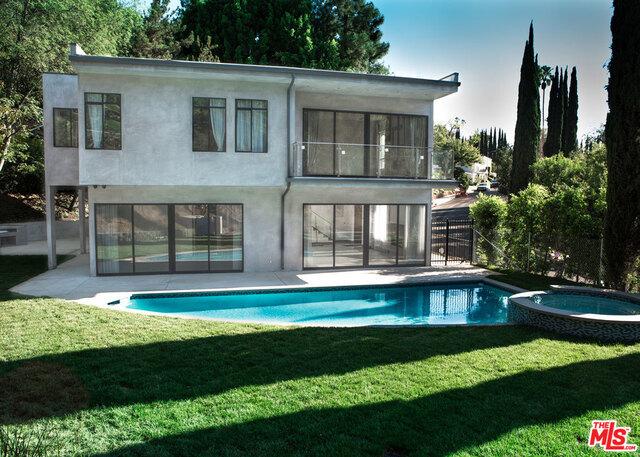 Single Family Home for Rent at 11200 Dona Lola Drive Studio City, California 91604 United States