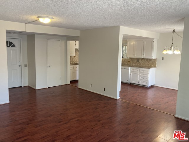 887 Victor Ave 4, Inglewood, CA 90302
