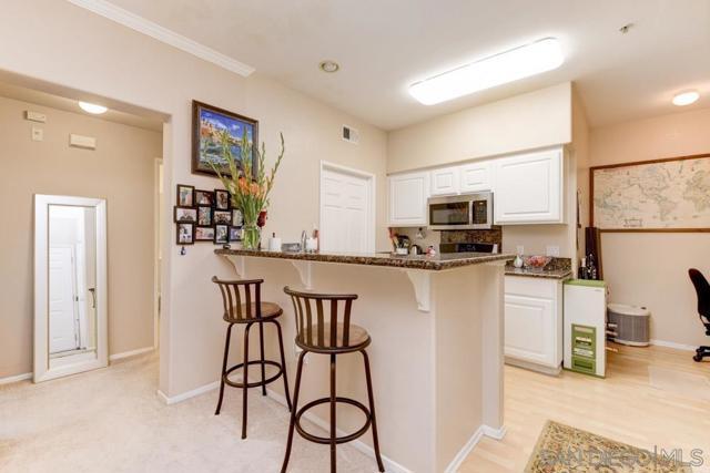 10848 Scripps Ranch Blvd, San Diego CA: http://media.crmls.org/mediaz/1e3eefc5-94ed-491d-8983-4dacdb179c3b.jpg
