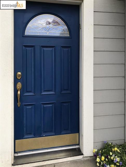1124 Mulberry PL, Brentwood CA: http://media.crmls.org/mediaz/201CE4C5-4E0B-4E94-8674-6E7936C178CB.jpg