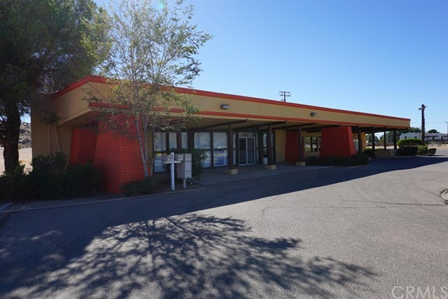 20115 US Highway 18  Apple Valley CA 92307
