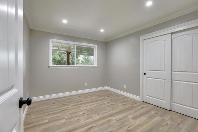 15631 Loma Vista Avenue, Los Gatos CA: http://media.crmls.org/mediaz/20B497B2-6DDE-4967-AB50-8789063D94E6.jpg