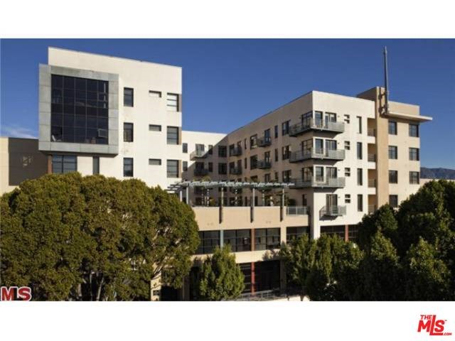 Condominium for Rent at 375 Green Street E Pasadena, California 91101 United States