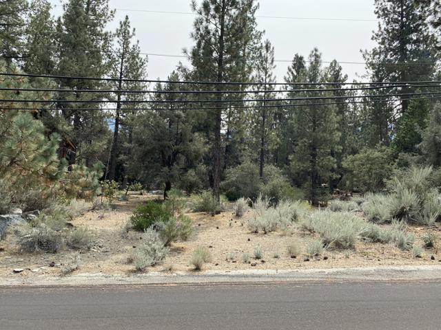 16112 Mil Potrero Fire Road,  CA: http://media.crmls.org/mediaz/21001701-F95A-4229-AE8C-DDD4BEAD93AA.jpg
