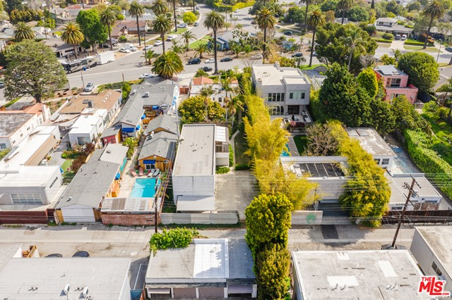 3875 Marcasel Ave, Los Angeles, CA 90066 photo 37
