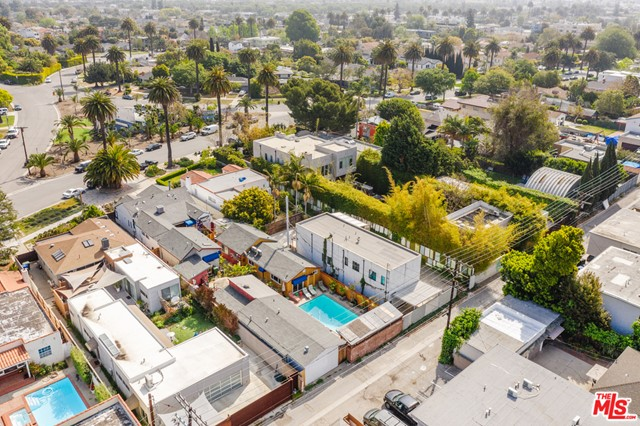 3875 Marcasel Ave, Los Angeles, CA 90066 photo 38