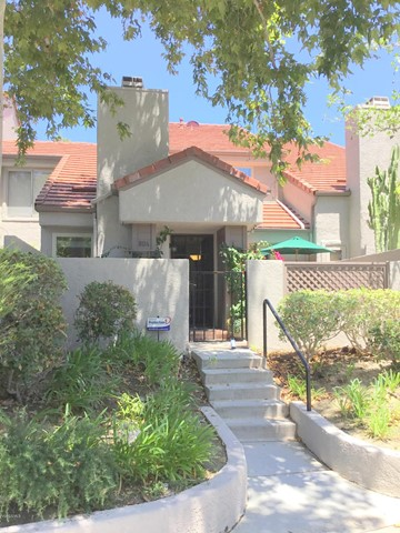 Photo of home for sale at 804 Via Colinas, Westlake Village CA