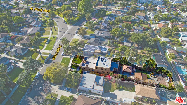 3934 East Blvd, Los Angeles, CA 90066 photo 2