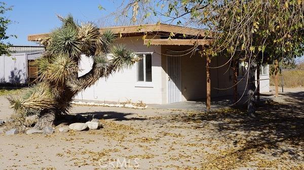 4454 Yucca Terrace Phelan CA 92371