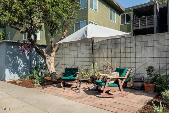 820 Brent Avenue, South Pasadena CA: http://media.crmls.org/mediaz/23D1E8DA-9656-422A-A31B-73116A40BBE1.jpg