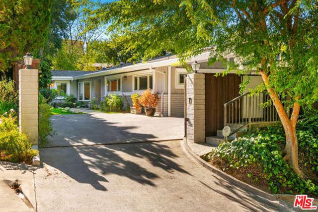 Photo of 3593 STONEWOOD Drive, Sherman Oaks, CA 91403