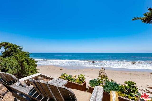 31830 Broad Beach Road, Malibu CA: http://media.crmls.org/mediaz/242524D8-4970-4887-9439-D29678357F3F.jpg