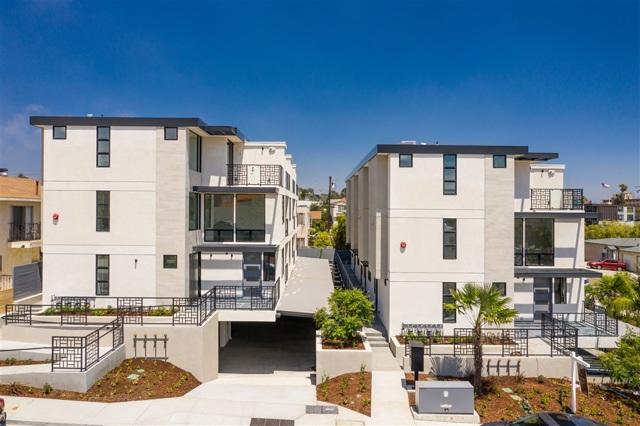 3104 Garrison, San Diego CA: http://media.crmls.org/mediaz/2426FD06-8266-41FC-A774-647647BEA4A5.jpg