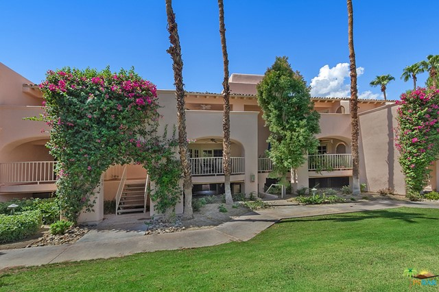Photo of home for sale at 500 Amado Road, Palm Springs CA