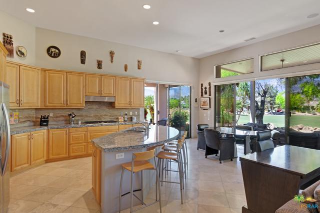 15 Birkdale Circle, Rancho Mirage CA: http://media.crmls.org/mediaz/24B2BE0C-BA92-4527-99B7-8E926B05D026.jpg