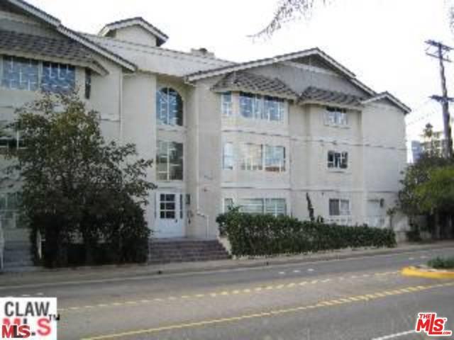 2222 NEILSON Way 102  Santa Monica CA 90405