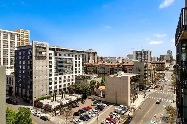 1494 Union St., San Diego CA: http://media.crmls.org/mediaz/24E5DD79-7889-43EF-B93F-81503DC0CFFD.jpg