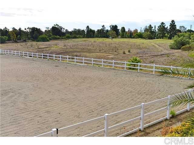 6710 El Montevideo, Rancho Santa Fe CA: http://media.crmls.org/mediaz/24E5E61F-1388-4890-BED6-36C44A1013D9.jpg