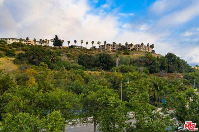 12989 W Bluff Creek, Playa Vista, CA 90094 photo 35