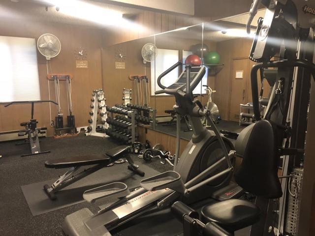 1435 Bellevue Avenue, Burlingame CA: http://media.crmls.org/mediaz/25468591-AA2A-4E0A-A42B-9BC8EBBDF13B.jpg
