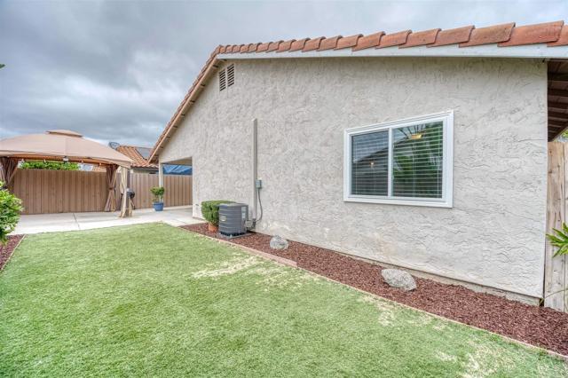 223 Ocotillo Place, Oceanside CA: http://media.crmls.org/mediaz/255E52D9-3F65-45E7-9C9B-EE17F16C4E56.jpg