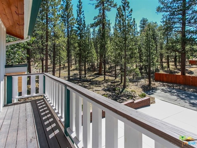 42321 HEAVENLY VALLEY Road, Big Bear CA: http://media.crmls.org/mediaz/2585CC50-E18C-47D2-872A-472EDB5A20D6.jpg