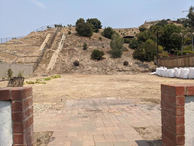 894 High Point Drive, Ventura CA: http://media.crmls.org/mediaz/258F3022-D3C8-4632-80FB-FA4F03120637.jpg