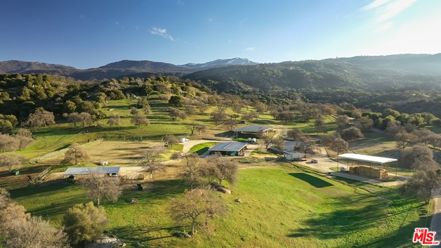 Photo of 46565 Dry Creek Dr, CA 93603