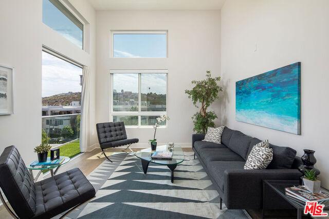 12650 SANDHILL Ln 3, Playa Vista, CA 90094