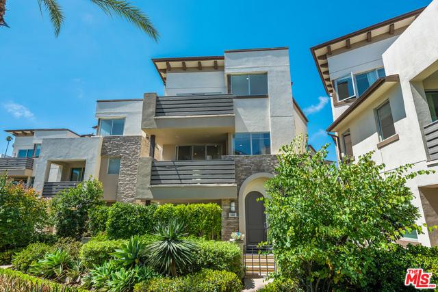 5830 Lantern Ct, Playa Vista, CA 90094 photo 2