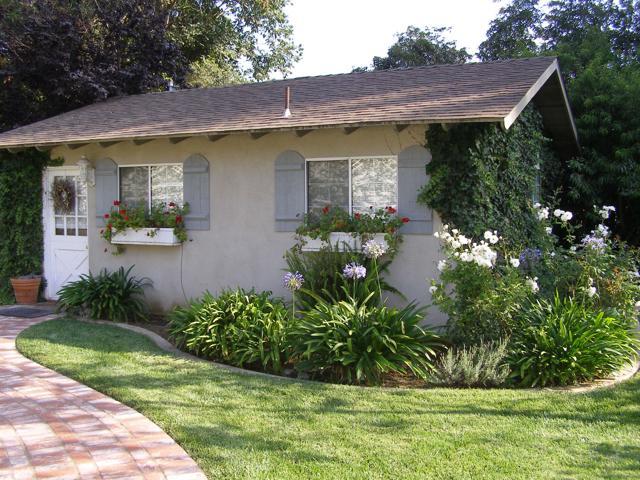 144 La Patera Drive, Camarillo CA: http://media.crmls.org/mediaz/25E856D9-83B8-4D59-8683-DEAB572BFD24.jpg